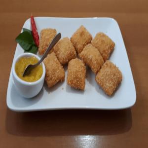Pastel Tailandês com Camarão